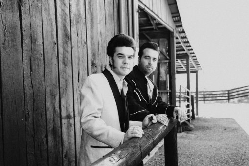 malpass-brothers-bw-outside-the-barn